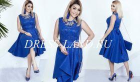 Синее коктейльное платье с кружевом и пайетками