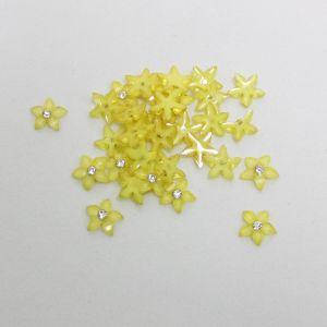 """Кабошон со стразой """"Цветок острые листики"""" 10 мм, цвет желтый (1уп = 50шт)"""