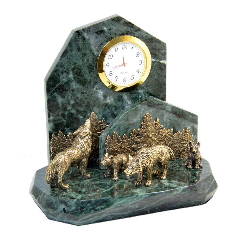 """Подарочные часы """"Волки"""""""