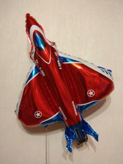Истребитель (2 цвета) фольгированный шар с гелием