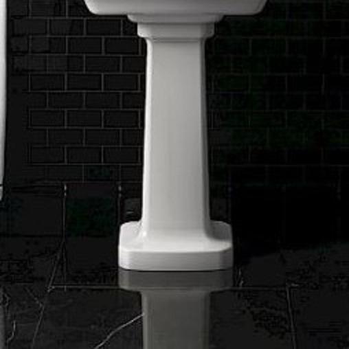 Devon&Devon Bogart Pedestal