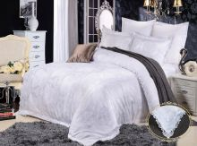 Комплект постельного белья Сатин-жаккард  Donna Bella (белый) семейный Арт.585/4