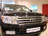 Дефлектор капота (мухобойка) Широкий для Toyota Land Cruiser 200