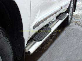 Пороги труба 120х60 мм овальные (TOYLC20012-06) для Toyota Land Cruiser 200 2012