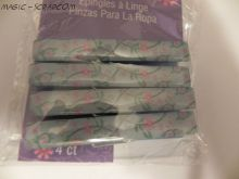 Recollections Wooden Clips ~ Blue Floral