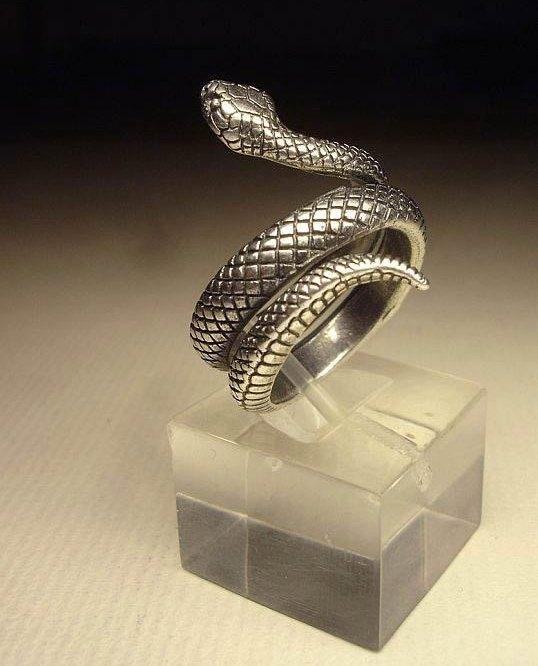"""Кольцо  """"Змея"""" посеребрение"""