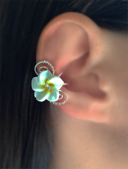 """Кафф """"Гавайский цветок"""" белый"""