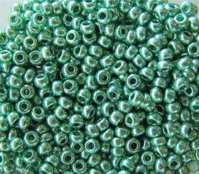 Бисер чешский 18558 зелёный металлик Preciosa 1 сорт