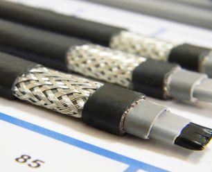 Готовый комплект кабеля NUNICHO снаружи трубы 30 Вт/м - 20 метров+ (холодный ввод  с вилкой- 2 метра).