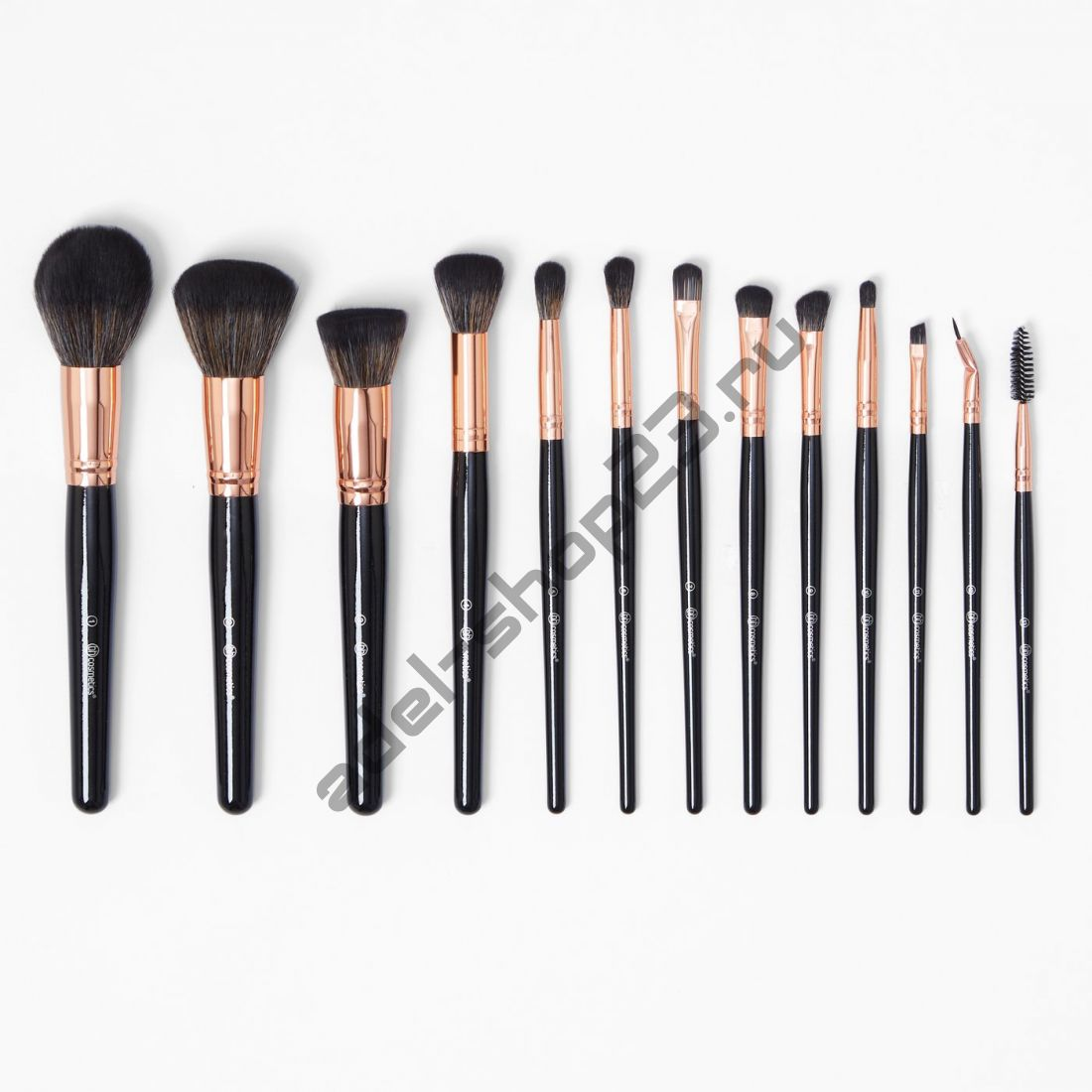 BH COSMETICS - набор из 13 кистей BH Signature Rose Gold — Brush Set