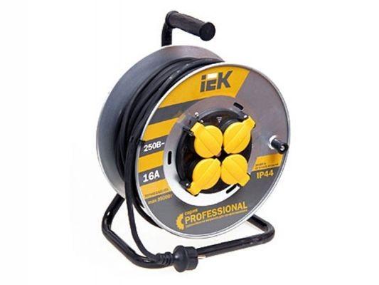 Сетевой удлинитель IEK катушка УК50 на мет с т/з 4 места 2Р+PЕ/50м КГ 3х2,5мм2 IP44 ''Professional''