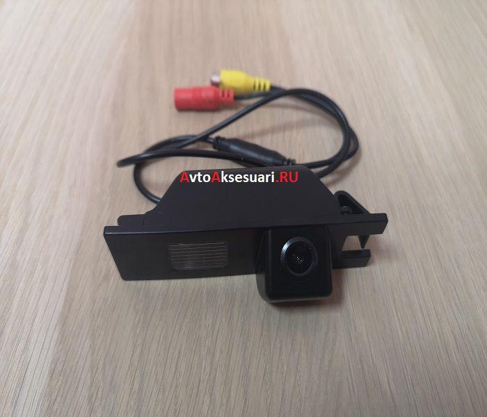 Камера заднего вида Opel Astra