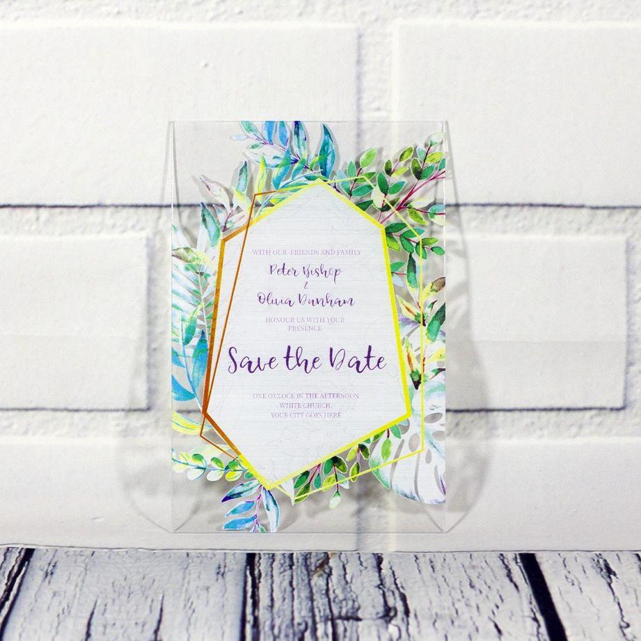 Свадебное приглашение из оргстекла с цветными листьями