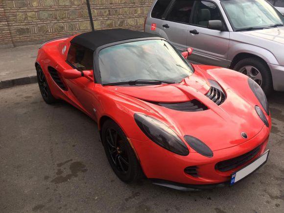 Аренда Lotus Elise 2010 Кабриолет