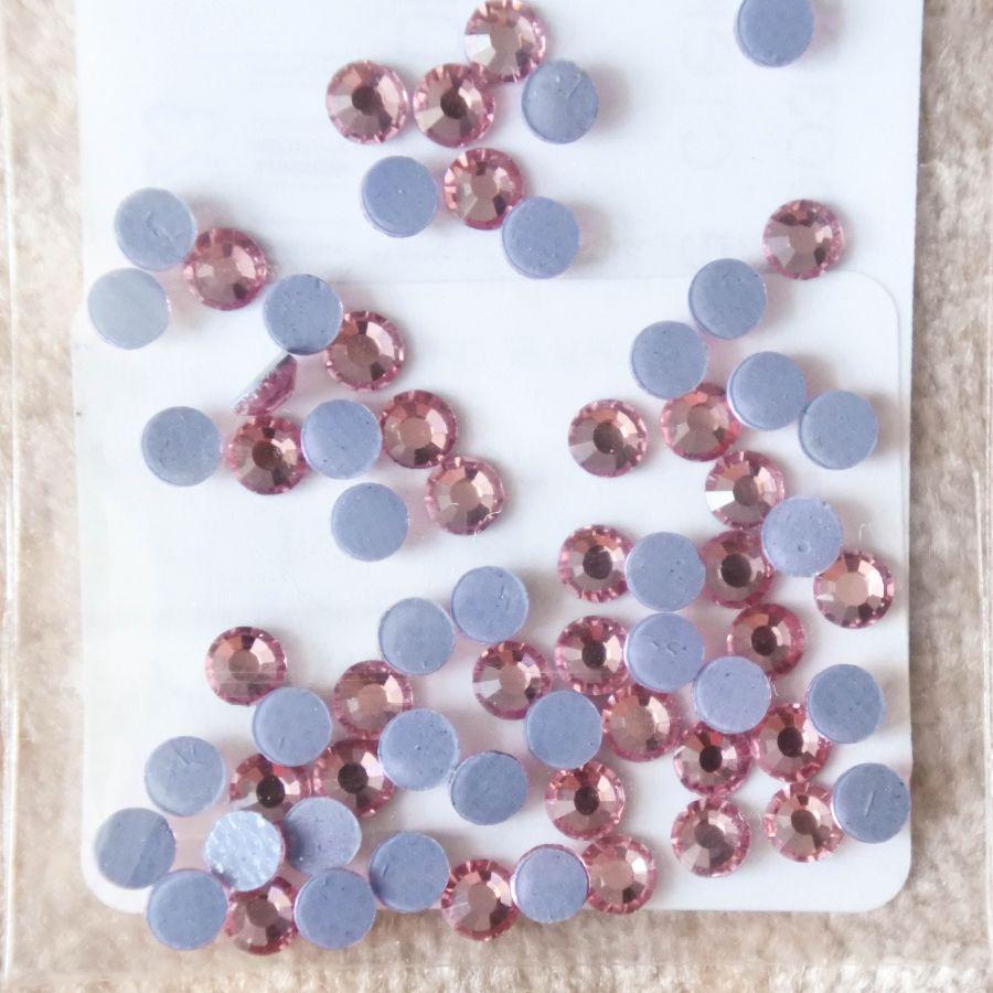 Стразы стеклянные клеевые, цвет Розовый, SS10, 70 шт/упак