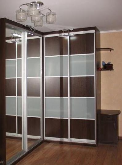 Встроенный шкаф купе - угловой за 40 000 рублей