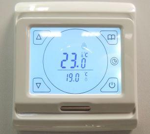 Электронный програмируемый терморегулятор с сенсорным дисплеем E 91,715 кремовый