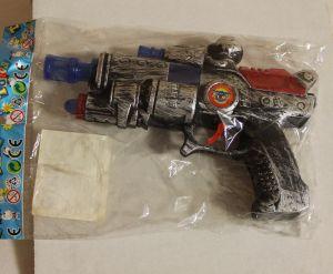 ! пистолет-трещ, ячейка: 73