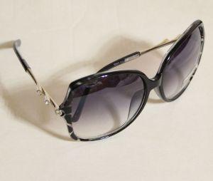 ! женс очки солнцезащ черн 03, ячейка: 143
