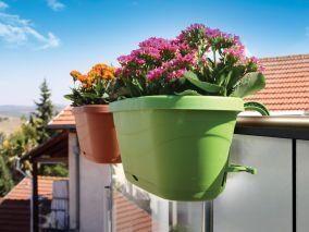 Горшок-цветочница на забор, ограждение