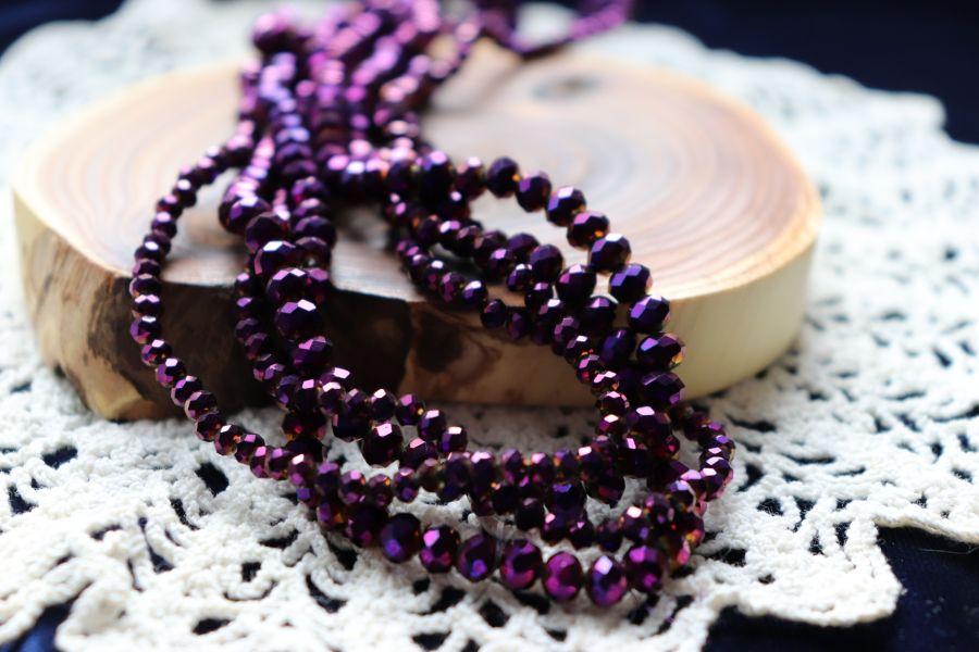 Бусины стеклянные, граненый рондель, цвет 612, Фиолетовый металлик, 3*4 мм, нитка 46 см