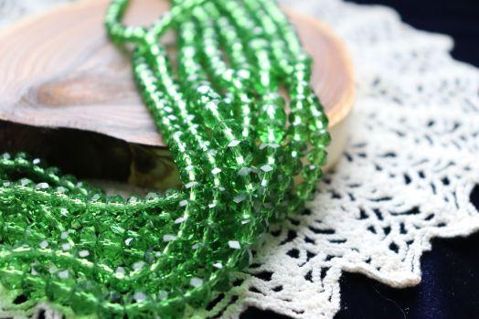 Бусины стеклянные, граненый рондель, нитка 50 см, цвет 308, Ярко-зеленый