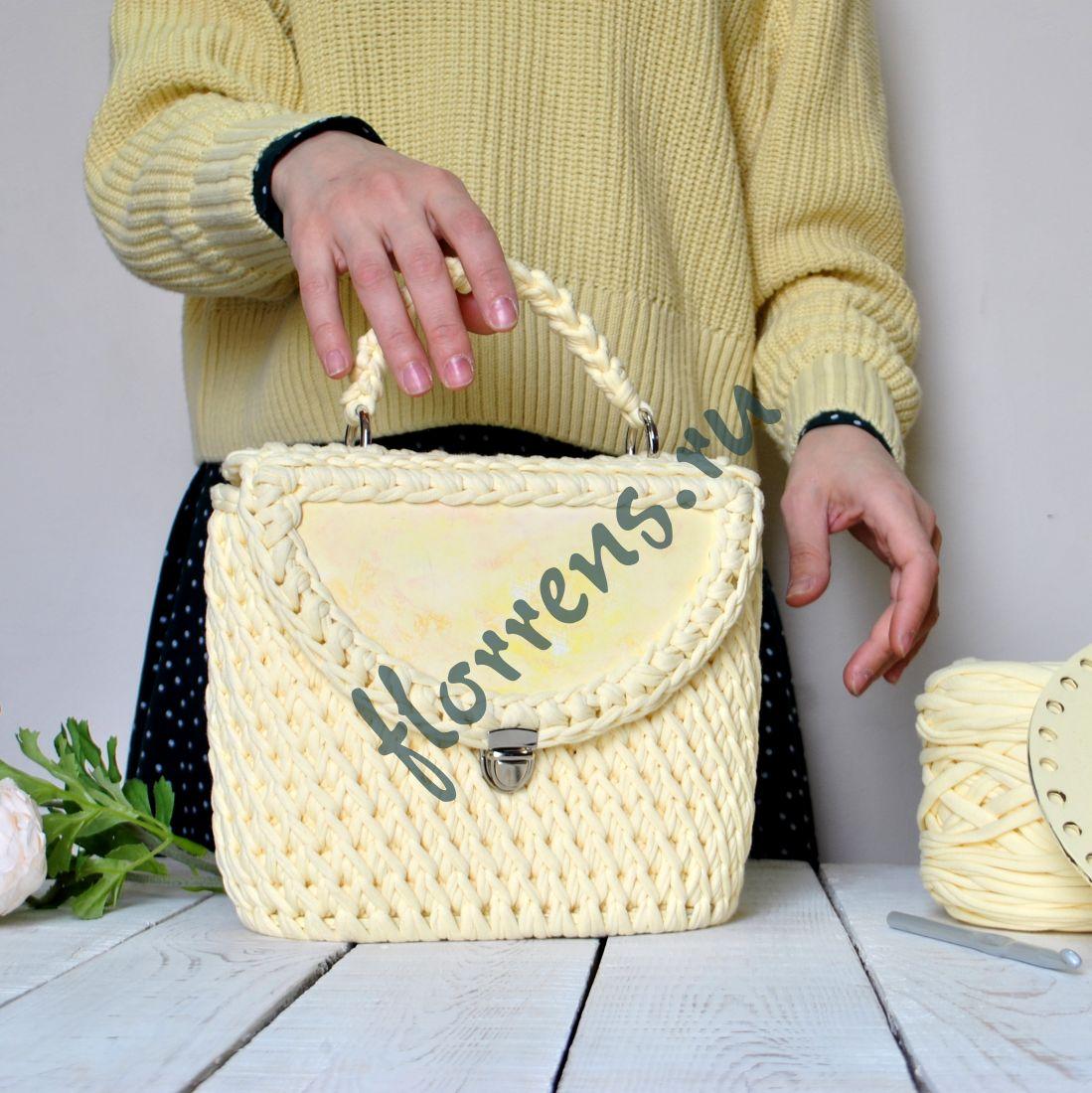 Сумка-портфель из трикотажной пряжи