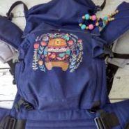 Эрго рюкзак Гусленок СТАНДАРТ с картинкой - Медведь в цветах 127 С Индиго 031 - ЛП Индиго 031 - ПД серый лён