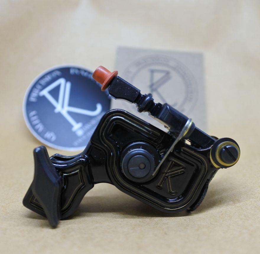 Dankubin SIDEWINDER V6 - Glossy Black