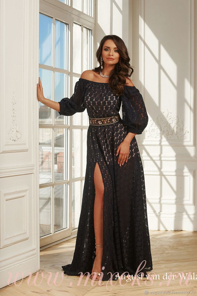 Вечернее платье черного цвета