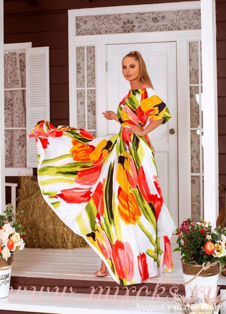 Летнее платье из шелка белое