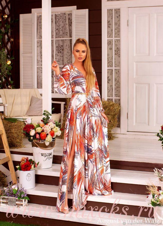 Летнее платье с в образным вырезом
