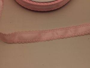 "`Лента атласная ""вырубка"", ширина 30 мм, цвет: светло-розовый"
