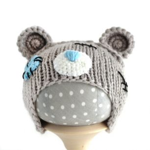 Вязаная шапочка для куклы Мишка Тедди серый