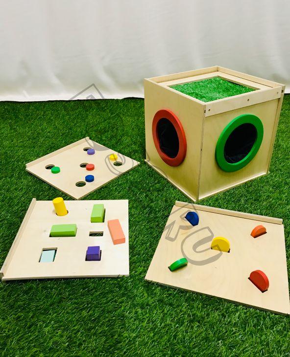 Тактильный ящик (с 3-мя дополнительными верхними съемными панелями)