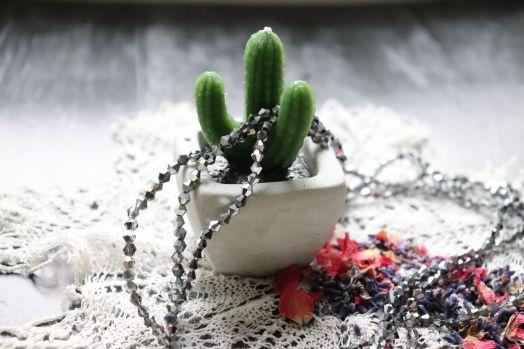 Бусины стеклянные, граненый биконус, нитка 40 см, цвет 617, Темное серебро с прозр