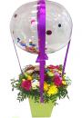 Баблс с букетом цветов в коробке