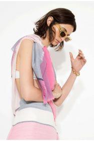 Летящий мериносовый квадратный палантин (платок), розовая расцветка  BOLD BLOCK PINK EXTRA FINE MERINO WOOL SQUARE, тонкорунная шерсть мериноса,   плотность 3