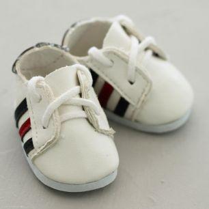 Обувь для кукол - кроссовки 5 см (белые с красно-черными полосками)
