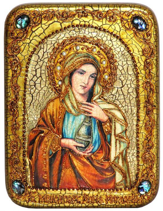Инкрустированная подарочная икона Святая Равноапостольная Мария Магдалина (15*20 см, Россия) на натуральном мореном дубе в подарочной коробке