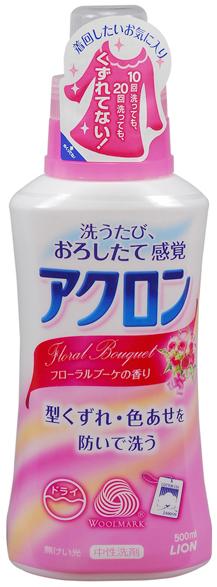Lion Средство для стирки деликатных тканей Акрон с цветочным ароматом 450 мл