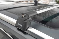Багажник на интегрированные рейлинги Turtle Air 2, аэродинамические дуги (серебристый цвет)