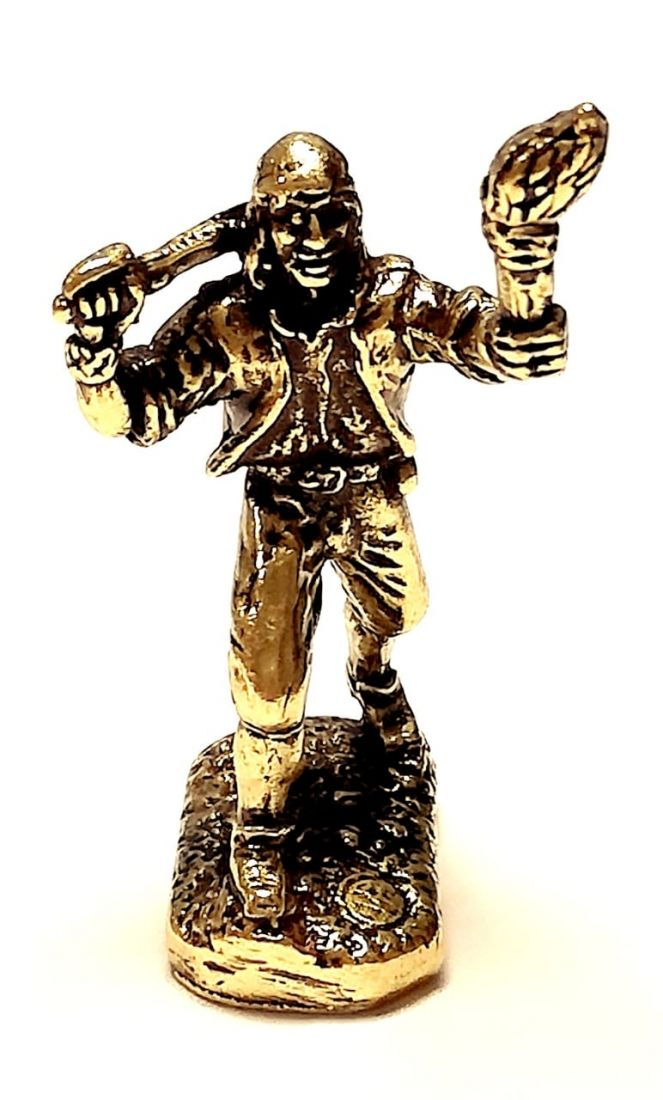Фигурка Пират с факелом