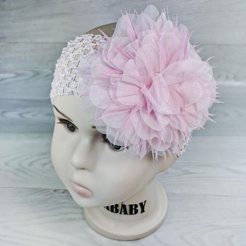 п1069-0347 Повязка-резинка широкая с шифоновым цветком Астра белый/розовый