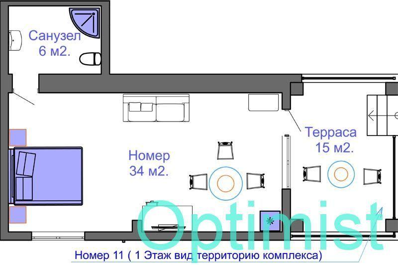 Апартамент на троих - четырех человек. с большой террасой.
