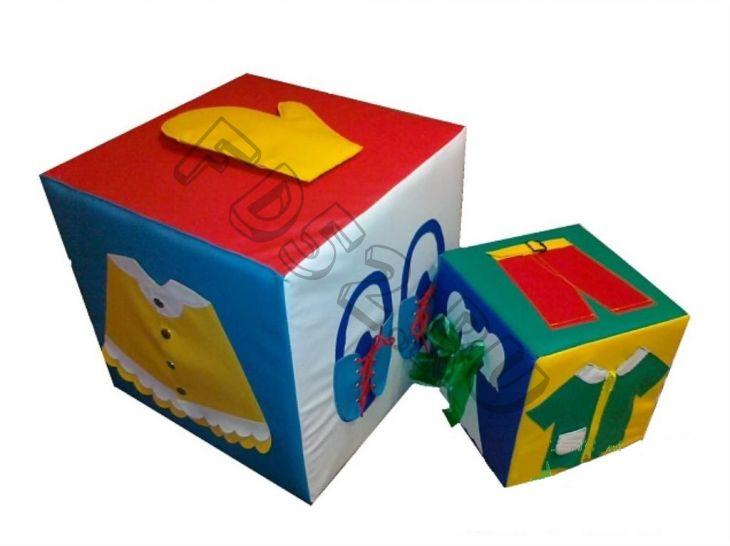 Дидактический  куб «Одень  Катюшу»
