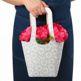 Пакет овальный с ручками «Голубые цветочки», 61,2 х 46,7 см