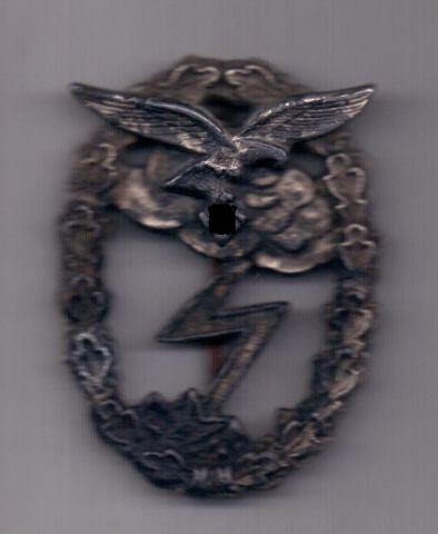 Знак 1942 года За наземный бой Германия