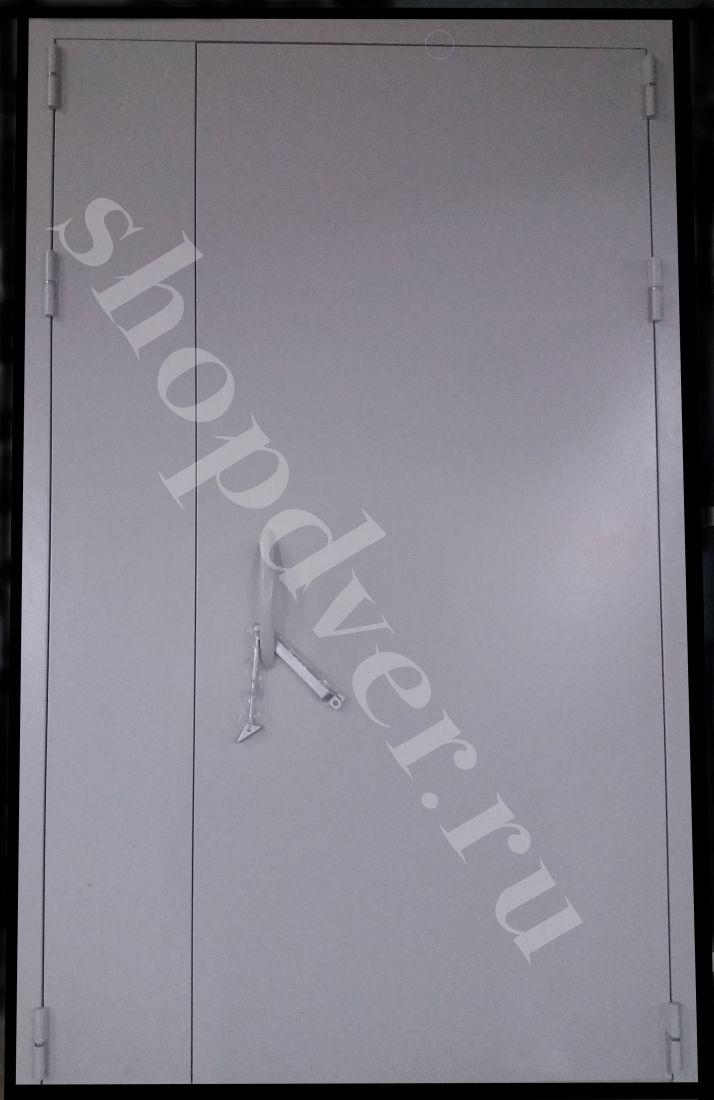 Тамбурные  двери (окрас НЦ + винилискожа)