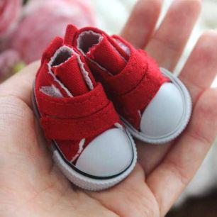 Обувь для кукол Кеды 5 см на липучках (красные)